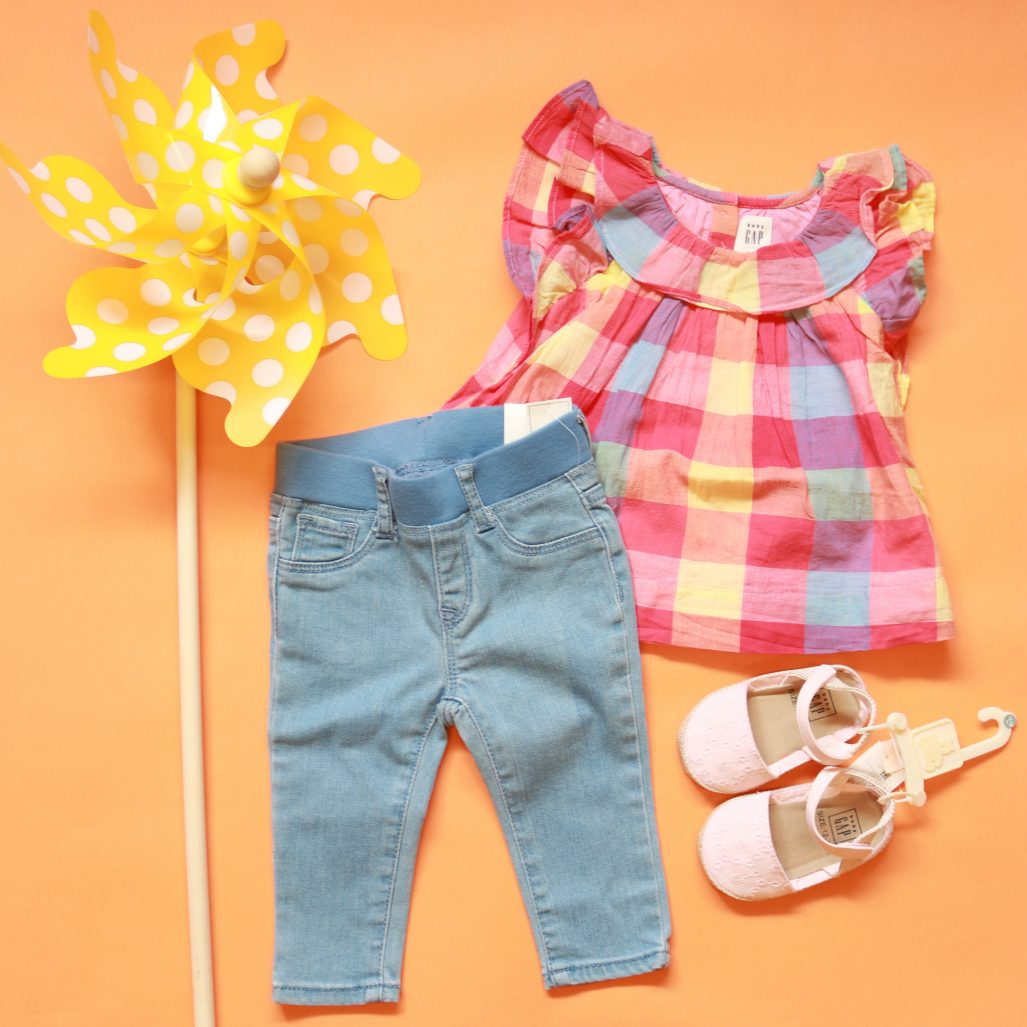 d39b630c4fb 10 Too-Cute Summertime Outfits for Your Kiddos - The Watch