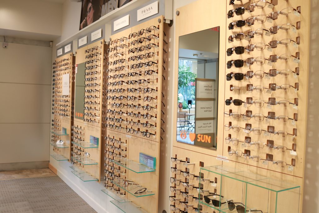 8b64877e543 How to Find Fashion-Forward Eyewear with LensCrafters - The Watch