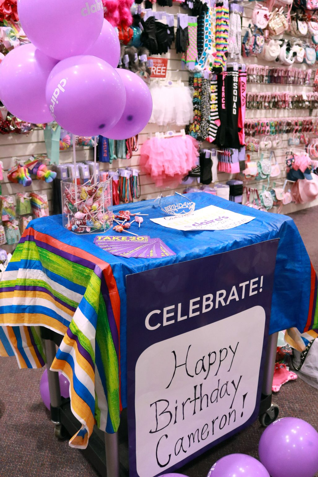 The Two Claires Employees Had A Game Plan And Were Awesome With Girls So I Got To Just Sit Back Enjoy Party Something Us Parents Rarely Get