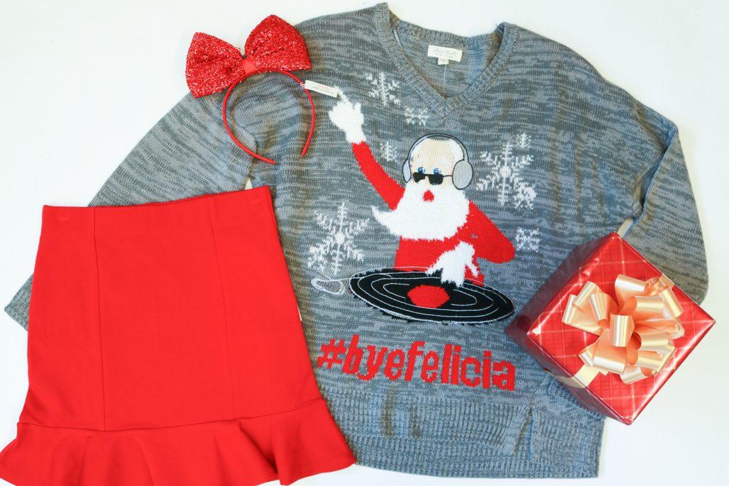 Macys Christmas Sweaters.Holiday Sweaters You Need This Season The Watch